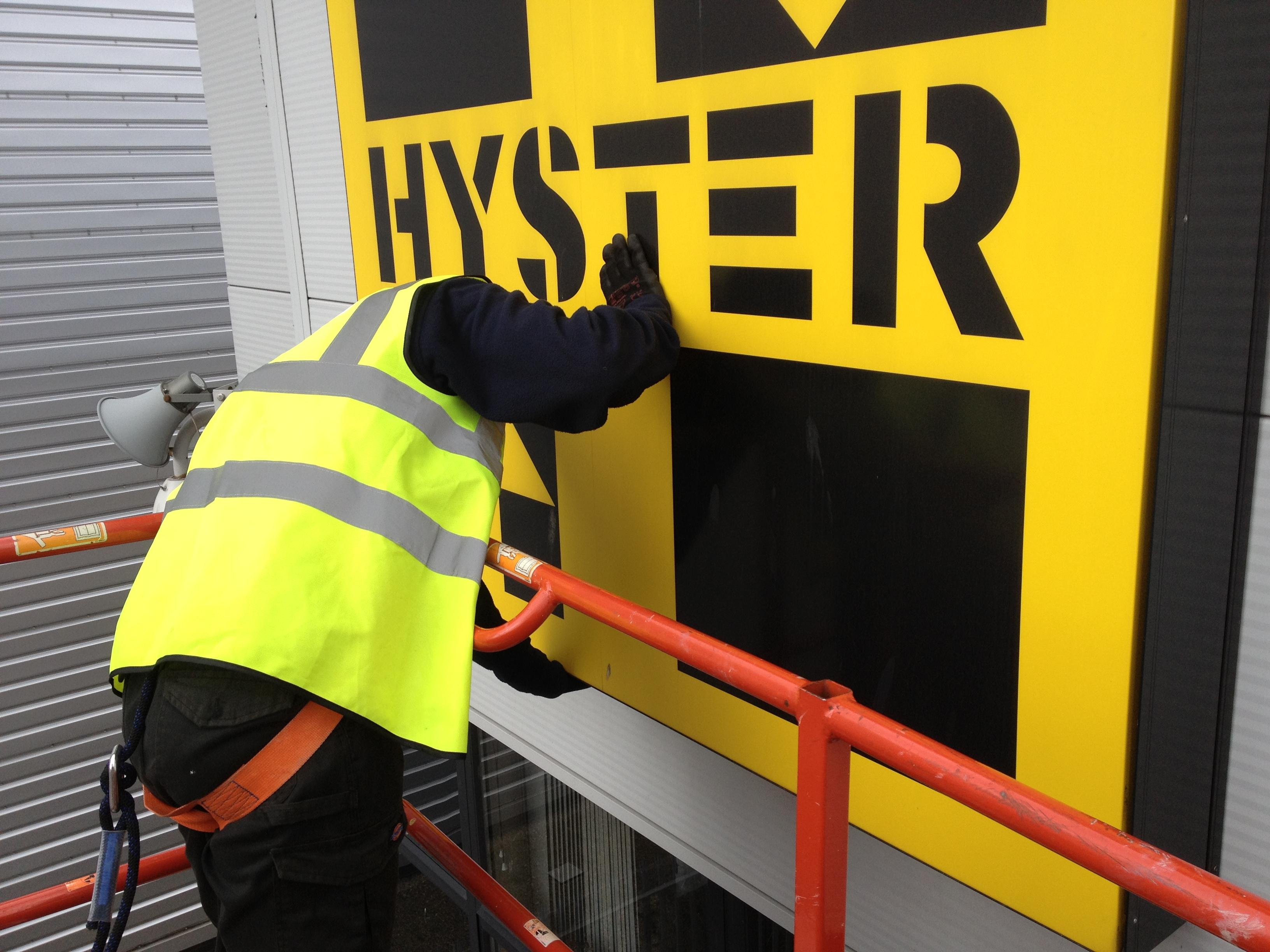 Hyster Install
